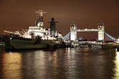 River Thames Tower Bridge and HMS Belfast — Stock Photo