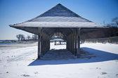 Zimowy domek na plaży — Zdjęcie stockowe
