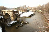 The Tiber Island covered by snow — Stock Photo