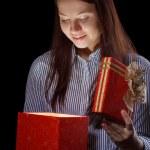 Beautifull girl opening gift box — Stock Photo #8546231