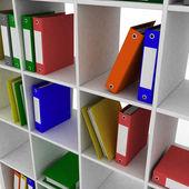 Книжная полка с инструментами для офиса — Стоковое фото