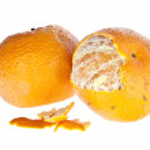 Geschälte und ungeschälte Mandarine — Stock Photo #8356128