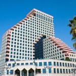 Hotel in Tel Aviv — Stock Photo