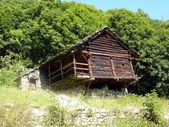 Old wooden house in the Italian Alps — Stock Photo
