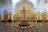 Iconostasis in russian orthodox church — Stock Photo