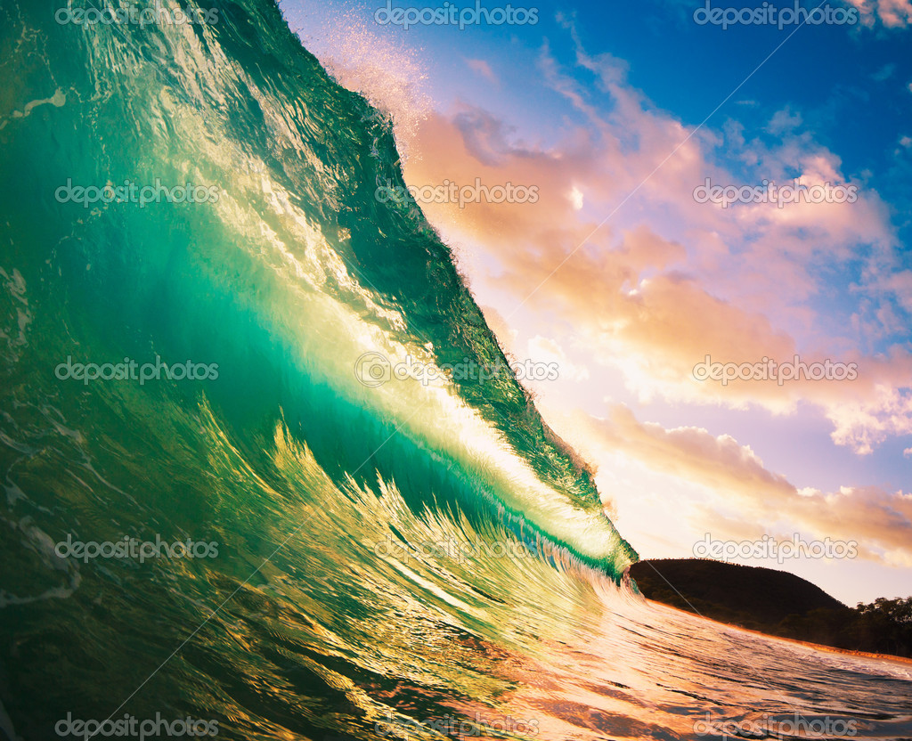Beautiful Sunset Wave  Stock Photo #10458812