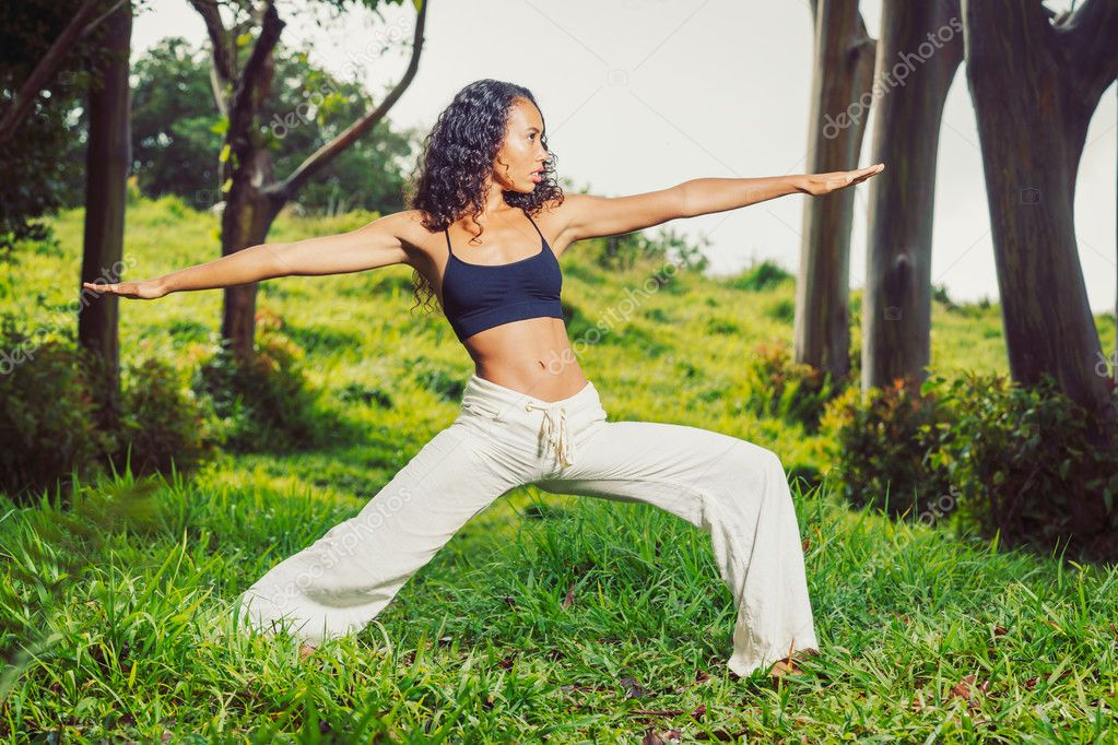 Yoga woman outside in nature — Stock Photo #10678331