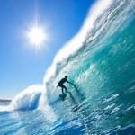Surfer On Blue Ocean Wave — Stock Photo #8450818