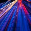 Freeway traffic's nachts — Stockfoto