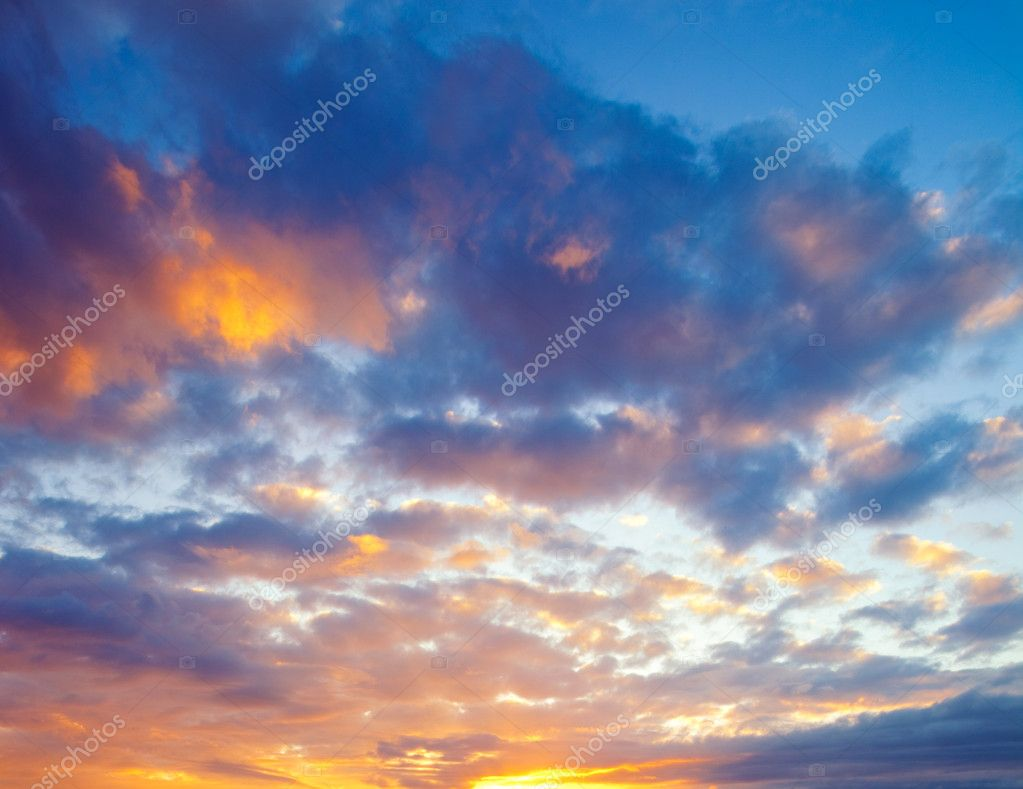 Dramatic Vibrant Sunset in Hawaii — Stock Photo #8475151