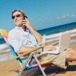 Foto Stock: Business Man on the Beach in Hawaii