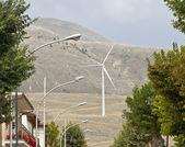 Eolic energy: Wind power through wind turbines — Stock Photo