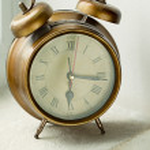 velho relógio de metal — Foto Stock