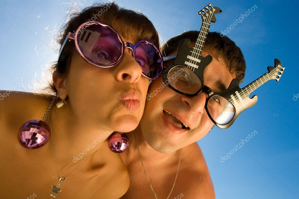 Funny couple is making faces with smile — Stock Photo #8533248