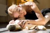 放松的芭蕾舞女演员 — 图库照片
