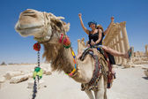 Ride on the camel — 图库照片