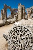 Syrina las ruinas del viejo castillo no lejos de latakia — Foto de Stock