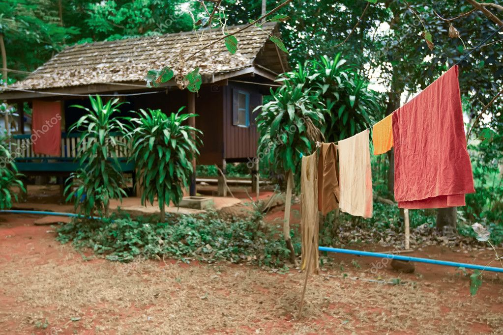 Native house jungle. Thailand. Asia — Stock Photo #8584233