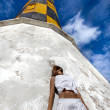 Girl near lighthouse — Stock Photo