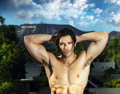 Bodybuilder in Hollywood — Stock Photo