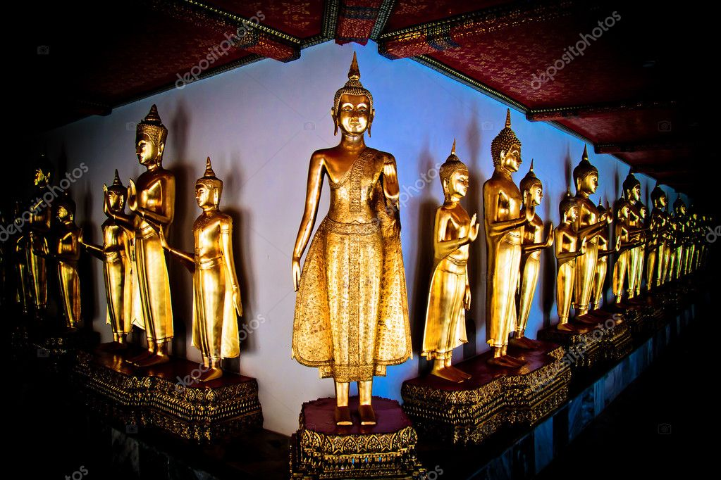 A group of Buddhist statue in the temple — Stock Photo #8397897