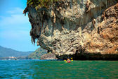 A couple kayaking in Krabi, Thailand — Stock Photo