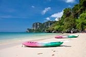 Kayaks at the tropical beach — Stock Photo