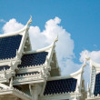 White buddhist temple in Krabi town — Stockfoto