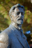 The monument of Anton Pavlovich Chekhov at the Yalta seafront — Stock Photo