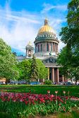 Santa catedral de isaac en san petersburgo, rusia — Foto de Stock