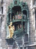Marienstatue w monachium - niemcy — Zdjęcie stockowe
