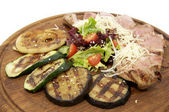 Grilled vegetables with meat — Stock Photo