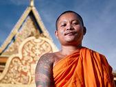 Portrati of buddhist monk near temple, Cambodia, Asia — Stock Photo