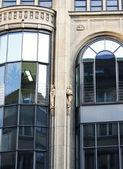 Facciata di un edificio — Foto Stock