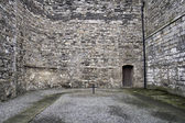 Courtyard of old Dublin prison Kilmainham — Stock Photo