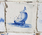 Vintage delft blue tile with Dutch sailing ship — Stock Photo