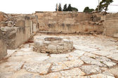 Ancient water well in Faistos — Stock Photo