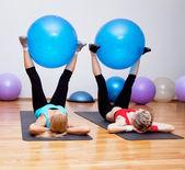 Girls on fitness training — Stock Photo