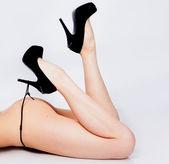 Ayakkabı kız bacakları — Stok fotoğraf