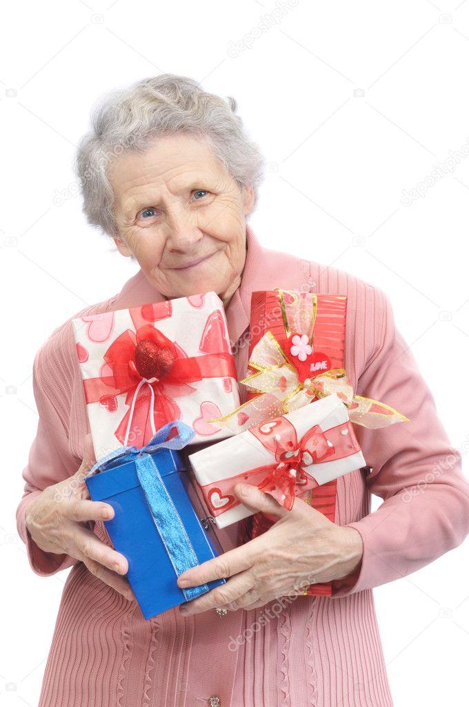 Как сделать так чтобы бабушка тебя не доставала
