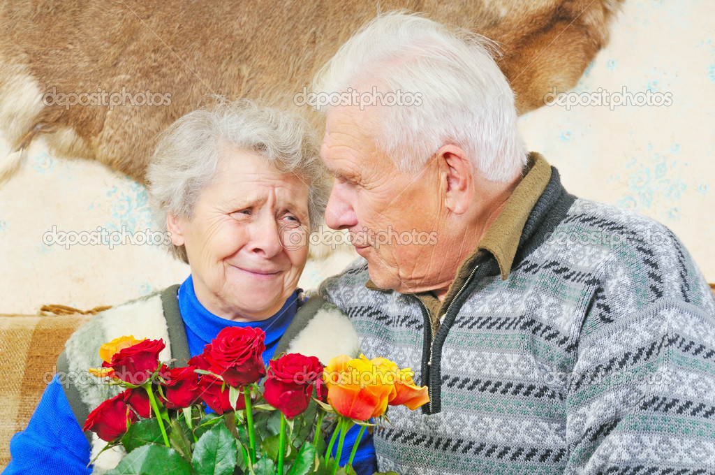 Elderly man sit near elderly woman — Foto Stock #8886315