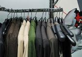 服饰的衣服店 — 图库照片