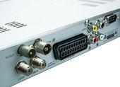 Composto e componentes de conexões na parte traseira do dispositivo — Fotografia Stock