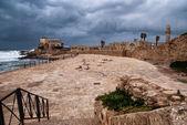 Ruínas do porto de cesaréia - antigo porto romano em israel — Foto Stock