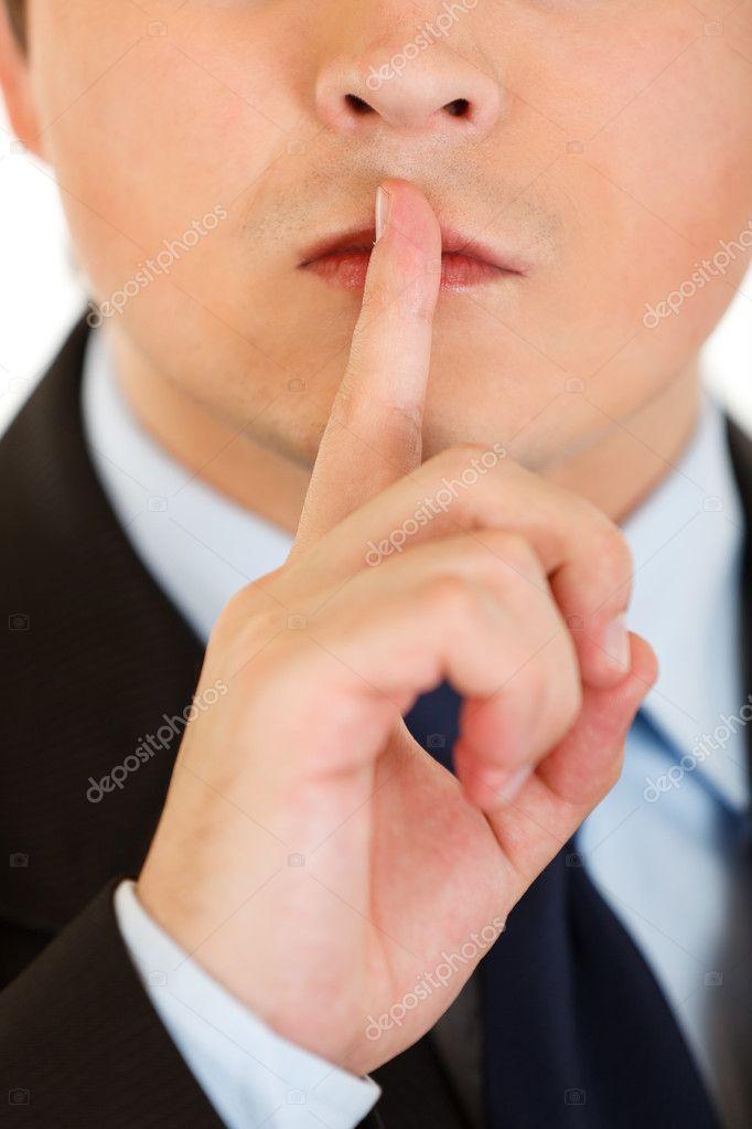 фотографии с знаком палец в