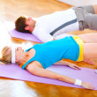 Healthy couple in an aerobics class — 图库照片