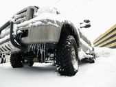 SUV in snow. — Stock Photo