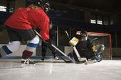 Women playing hockey. — Stock Photo