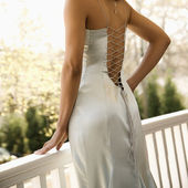 Woman in evening gown. — Stock Photo