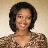 Donna giovane sorridente. — Foto Stock
